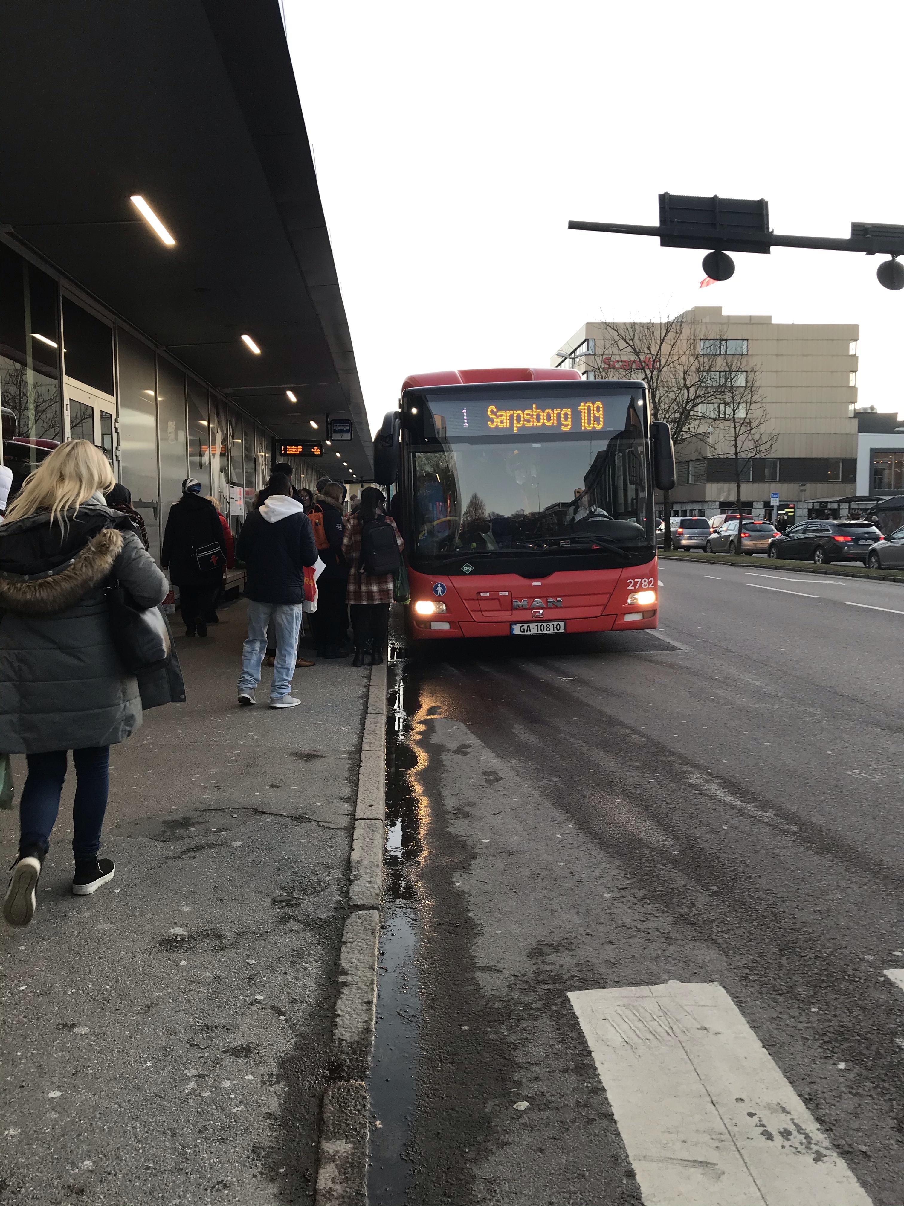 Buss Fra Råde Til Fredrikstad